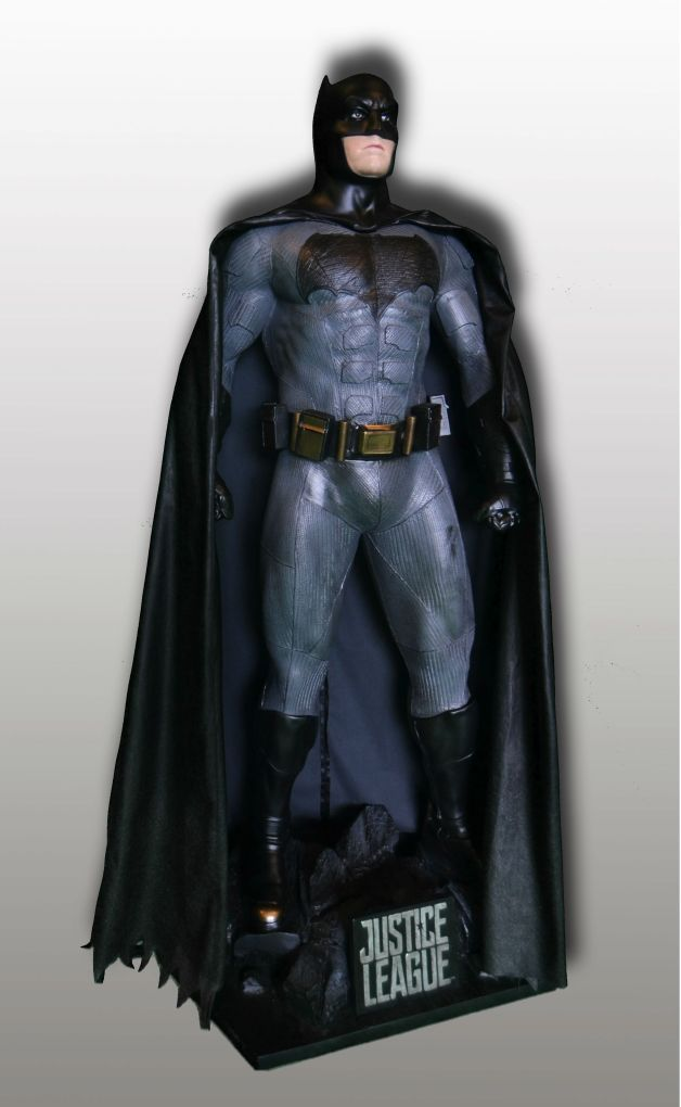 batman-statue-rental-convention-props-4.jpg