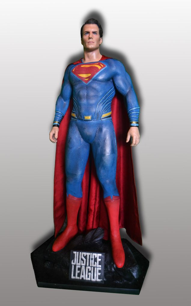 superman-statue-rental-convention-props-4.jpg
